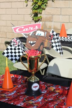 Centerpieces at a Cars Party #carsparty #centerpiece