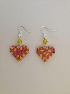 Boucles d'oreilles coeur origami corail : Boucles d'oreille par isa-bo