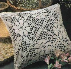 Crochet Pillow Patterns Part 3 - Beautiful Crochet Patterns and Knitting Patterns Crochet Pillows, Crochet Pillow Patterns Free, Crochet Tablecloth, Diy Pillows, Knitting Patterns, Beau Crochet, Crochet Art, Filet Crochet, Crochet Motif