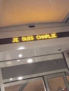 """""""In French train this morning..."""""""