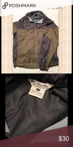 👤Columbia Lightweight Jacket New Without Tags 💦 Unworn new without tags Columbia lightweight jacket. Says men's but can be used for either! Columbia Jackets & Coats