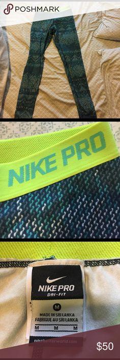 Nike pro dri fit running leggings Thin yet warm Nike leggings! Only worn twice! Nike Pants Leggings