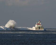 Oswego, New York | Oswego, NY : Oswego Lighthouse photo, picture, image (New York) at ...