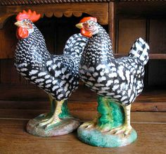 VINTAGE Pair of Ugo Zaccagnini Ceramic Speckled Chickens NR