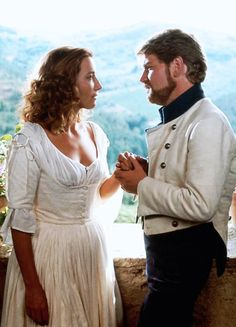 Emma Thompson & Kenneth Branagh in 'Much Ado About Nothing' (1993).