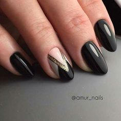 Black gel nails with white and gold details - LadyStyle