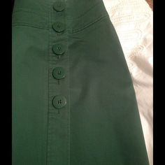 Versatile Green TALBOTS Skirt ✨ Mock button detail on the front of this pretty cotton skirt. I wore once, the skirt is in EUC, the cut and design are very flattering and slimming, and the color perfect to refresh your wardrobe. ✨ The material has a bit of stretch to it as stated in the label. I'm a shortie at 4.11 and it hit right at my knees, so it will be above the knee on someone taller ✨ Love Talbots clothing but not the price? Add this to your wardrobe today✅ Talbots Skirts