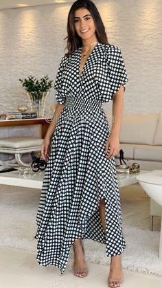 Modest Outfits, Modest Fashion, Stylish Outfits, Fashion Dresses, Cute Dresses, Casual Dresses, Street Style Women, Dress Skirt, Wrap Dress