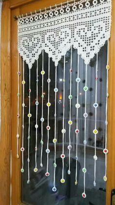 handmade Ganchio curtains Ganchio curtains The post Ganchio curtains appeared first on Gardinen idee Crochet Motifs, Filet Crochet, Crochet Stitches, Crochet Ideas, Crochet Curtains, Beaded Curtains, Crochet Curtain Pattern, Macrame Curtain