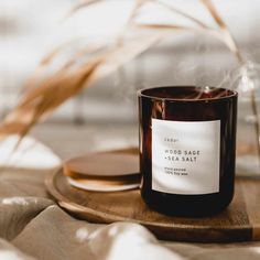 Candle Packaging, Candle Labels, Candle Jars, Soy Wax Candles, Scented Candles, Photo Bougie, Minimalist Candles, Photo Candles, Candle Making