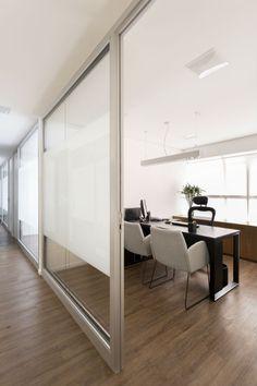 Tria Arquitetura: Escritório de advocacia, São Paulo - ARCOweb