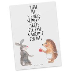 """Postkarte Liebe ist nie ohne Schmerz aus Karton 300 Gramm  weiß - Das Original von Mr. & Mrs. Panda.  Diese wunderschöne Postkarte aus edlem und hochwertigem 300 Gramm Papier wurde matt glänzend bedruckt und wirkt dadurch sehr edel. Natürlich ist sie auch als Geschenkkarte oder Einladungskarte problemlos zu verwenden. Jede unserer Postkarten wird von uns per hand entworfen, gefertigt, verpackt und verschickt.    Über unser Motiv Liebe ist nie ohne Schmerz  """"Liebe ist nie ohne Schmerz"""" sagte…"""