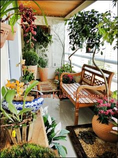 Creative Casa: Balcony Design for your Condo or Apartment. Small outdoor space decor. Home style. Balcony garden #tinygardens #balconydesign