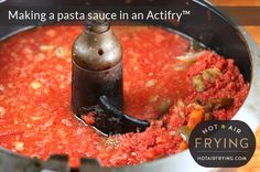 Making a pasta sauce in an Actifry Actifry Recipes, Crockpot Recipes, Basic Pasta Sauce, Tefal Actifry, Air Frier Recipes, Gourmet Recipes, Healthy Recipes, Food Print, Yummy Food