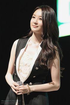 Kang MIn Kyung - 2011