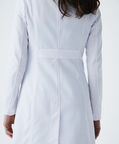 The Rebecca is an ultra modern, slimming women's lab coat with unique seaming for a sporty look. Shop Medelita for slim fit white lab coats for women. Doctor White Coat, Doctor Coat, White Lab Coat, Lab Coats, Mode Chic, Fashion Design Sketches, Sporty Look, Coat Dress, Clothing Company