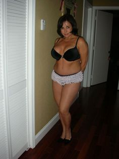 """hornymom: """" Very nice """" Indeed! Beautiful Women Over 50, Beautiful Old Woman, Beautiful Curves, Botas Sexy, Full Figured Women, Sexy Older Women, Real Women, Plus Size Women, Two Piece Skirt Set"""