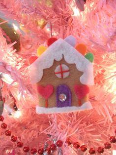 gingerbread house hair clip