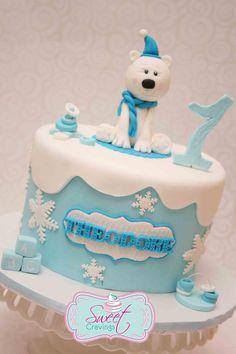 fondant polar bear ice cap cake