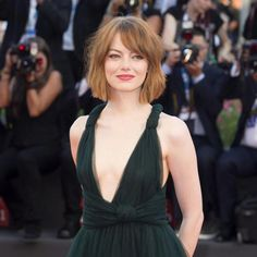 Kapsels Emma Stone, Netflix, Bob, Hairstyle, People, Actresses, Senior Hairstyles, Wig, Dancing With The Stars