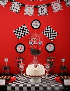 Race Car Party my Godson Festa Hot Wheels, Hot Wheels Party, Hot Wheels Birthday, Race Car Birthday, 5th Birthday, Birthday Ideas, Car Themed Parties, Cars Birthday Parties, Transportation Birthday