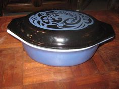 Vintage Pyrex Midnight Bloom Casserole