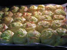 Pogačice s tikvicama/Fillo zucchini roses Zuchinni Pizza, Zucchini, Kolaci I Torte, Serbian Recipes, Strudel, Lchf, Beets, Pastries, Cookie Recipes