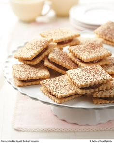 Alfajores [ahl-fa-HOH-rehs] | Cuisine at home eRecipes