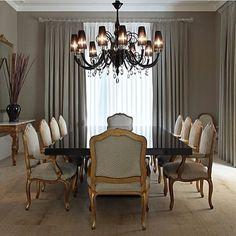 Sala de jantar l Toque preto e dourado ficou eleganterrimo!!! Projeto…
