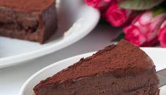 Νηστίσιμη τούρτα με σοκολάτα και ταχίνι, ΧΩΡΙΣ ΑΛΕΥΡΙ, από τον Στέλιο Παρλιάρο! Greek Desserts, No Bake Desserts, Dessert Recipes, Vegan Sweets, Healthy Sweets, Vegan Food, Greek Cake, Healthy Gourmet, Banoffee Pie