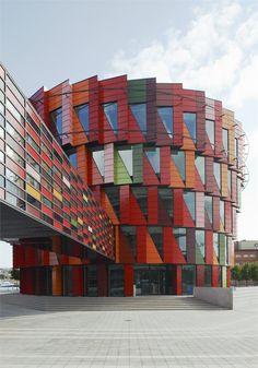 Kuggen, Gothenburg, 2010 by Wingårdh Arkitektkontor bit.ly/yubcYB #architecture #colours