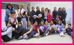 Algunas de las chicas de Maxi Voley Femenino de Río Turbio