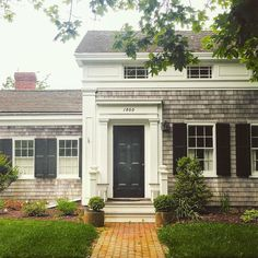 The Virtual Builder — howieguja: Happy Friday. (at Orient Historic. Cedar Shake Siding, Cedar Shingles, Outdoor Spaces, Outdoor Decor, Architectural Elements, Architecture Details, Home Renovation, Happy Friday, Old Houses