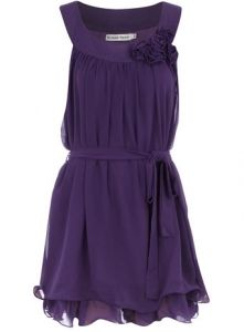 Bridesmaids could wear this! Cheap and simple and you can wear it again, for real.