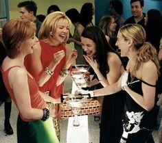 """""""La vita non sempre corrisponde alle tue fantasie, per questo hai bisogno di amicizie vere per affrontare il tutto!"""" Carrie"""