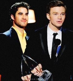 People's Choice Awards 2014. Favorite on screen chemistry. Kurt and Blaine. Chris Colfer and Darren Criss.