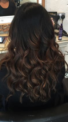 Can You Balayage Black Hair Easy Hair magazine – Hair Models-Hair Styles Brown Balayage, Balayage Hair, Caramel Balayage, Caramel Hair, Bayalage, Caramel Brown, Hair Color For Black Hair, Dark Hair, Black Hair Balyage