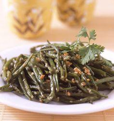 Haricots verts sautés à l'ail et sauce soja au wok