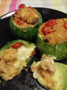 Zucchine tonde ripiene Couscous, Biscotti, Zucchini, Catering, Food And Drink, Healthy Recipes, Healthy Food, Vegetables, Drinks