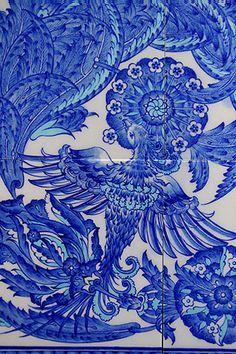 Islamic Tiles, Islamic Art, Turkish Tiles, Tile Murals, Bird Prints, E Design, Traditional Art, Ottoman, Blue And White
