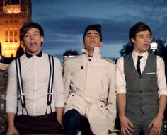 Time to post 1D at their finest