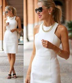 Moda anti-idade: 17 Vestidos clássicos para mulheres modernas Elegant Midi Dresses, Elegant Outfit, Nice Dresses, Casual Dresses, Classic Outfits For Women, Trendy Tops For Women, Scuba Dress, Lace Outfit, Office Outfits