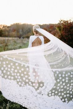 Stunning veil shot by photography. Bride wears a customised gown completed with a tulle veil with satin petals by . Perfect Wedding, Fall Wedding, Dream Wedding, Chic Wedding, Wedding Stuff, Wedding Veils, Bridal Veils, Theia Bridal, Wedding Dresses