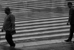 WALKING ON STRAIGHT LINES  © Elza Cohen