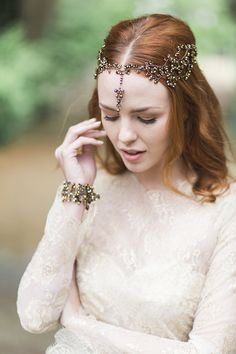 Hermione Harbutt Nadine Nova Headdress | Amy Fanton Photography | #bridal…