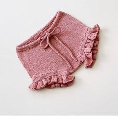 "1,292 Gostos, 15 Comentários - KNITTING FOR OLIVE (@knittingforolive) no Instagram: ""Another pink pair of bloomers. Tinker Bell blommers in Pure Silk - Rhubarb Juice, beautifully…"""