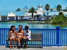 Sud Africa: Port Elizabeth e le township di Nelson Mandela Bay Port Elizabeth South Africa, Cruise Port, Nelson Mandela, World Traveler, Marina Bay Sands, Travel Destinations, Places To Go, Wanderlust, Around The Worlds