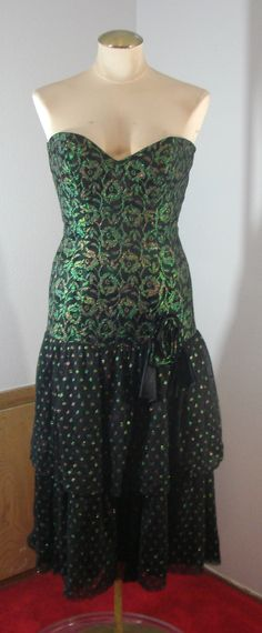 Vintage 80s Dirty Dancing Strapless Formal Black & Green lace XS 32 Bust by TheScarletMonkey on Etsy