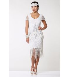 This Flapper Style Fringe Party Dress in White Silver recaptures the glamour of fashion Gatsby Wedding Dress, Art Deco Wedding Dress, 1920s Wedding, 1920s Party, Gatsby Party, Wedding Ideas, Wedding Favors, Fringe Flapper Dress, Fringe Dress