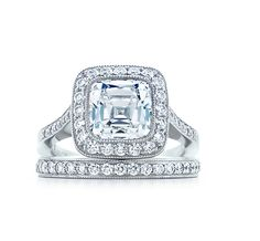 Tiffany & Co. | Engagement Rings | Tiffany Legacy® | United States